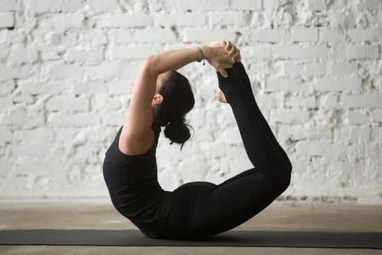 Yoga Asanas to Reduce Belly Fat - Bow Pose